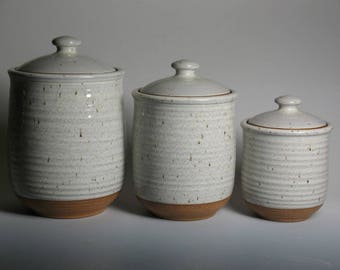 3 piece canister set in white