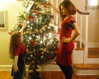 Mommy and Me Christmas Dresses: Mommy and Me Outfits, Christmas Dress, girls christmas outfits, christmas photo, womens christmas dress