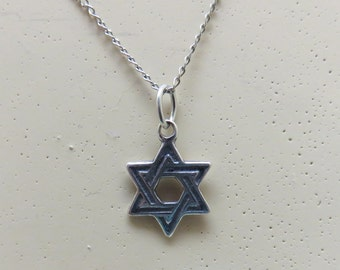 Sterling Silver Jewish Star Pendant, Petite, Vintage, 20 Inch Chain