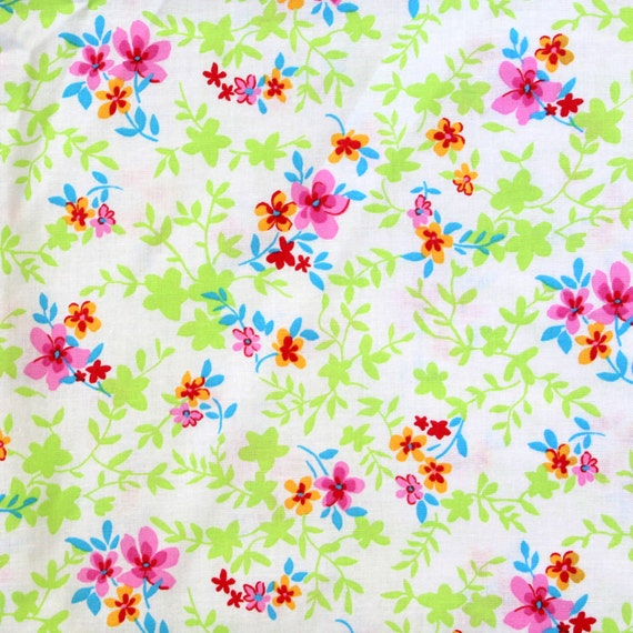 """Flower fabric,Floral Fabric,Lightweight fabric,Pillowcase fabric,100% Cotton fabric,Apparel fabric,END OF BOLT 1 Yard 31"""" by 44"""""""