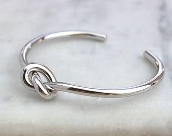 Chunky Infinity Knot Cuff
