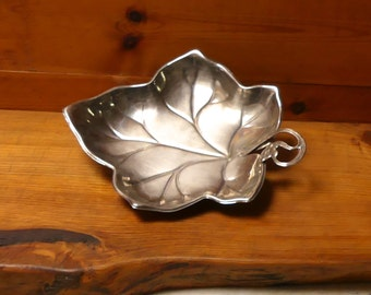 Mid Century 1950's EPNS Silver Vine Leaf Plate