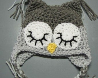 sleepy owl in dark and light grays  (0 - 3 mon)