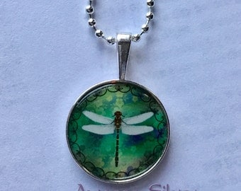 Beautiful Dragonfly with double curves pendant necklace, Floral background1