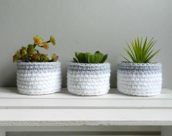White&Gray Mini Bowls / Set of 3 /