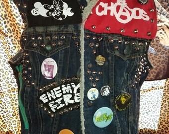"""vintage """"windbreaker"""" brand studded denim punk vest mens size LARGE seditionaries destroy"""