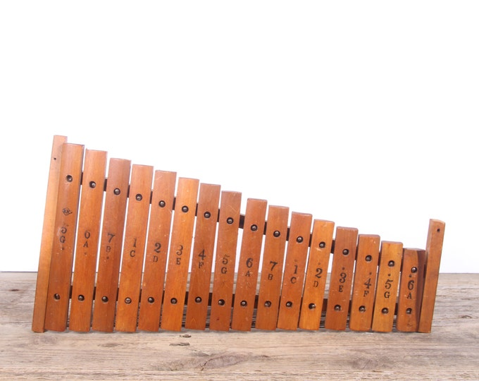 Vintage Wooden Xylophone / 16 Key - Note Antique Xylophone Made in Japan / Vintage Musical Instruments / Music Gift / Music Room Decor