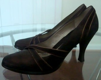 Kenneth Cole Shoes Pumps 9 M High Heel, Dark Brown Bronze Color