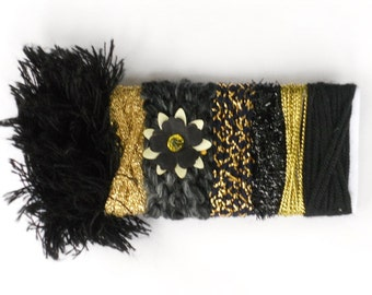 Black Fiber Bundle - Black & Gold Metallic Yarn Sample Card - for Gift Wrapping, Felting, Jewelry, Doll-Making, Millinery Supplly, etc - C5A