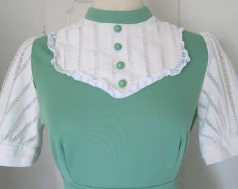 Green vintage prairie dress