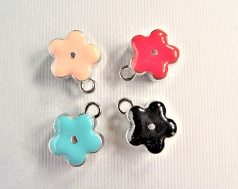 13mm Enamel Flower Charms, 5CT. Y57