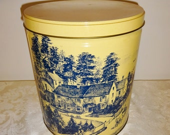 Vintage Tin Large Storage Tin Currier & Ives Lithigraph Decor Country Decor