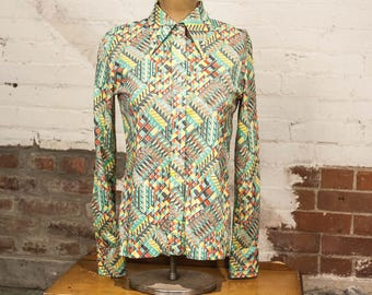 Vintage 1960s Geometric Patterened Collared Shirt / Size Medium