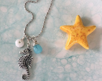 Short n Sweet Beach Charm Necklace