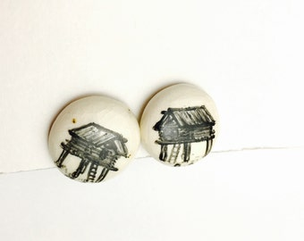 Vintage Black & White Screw on Earrings, Hand Painted Porcelain, Gold Tone, PRE Holiday Sale, Item No. B213