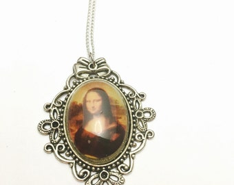 Mona Lisa Pendant, Antique Silver Tone, Matching Necklace, Clearance Sale, Item No. B366