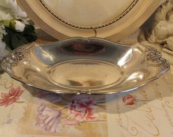 Vintage French silver plate serving, dish, bread basket.  Hallmarked Gallia (Christofle) .  Paris apartment. Cottage chic.