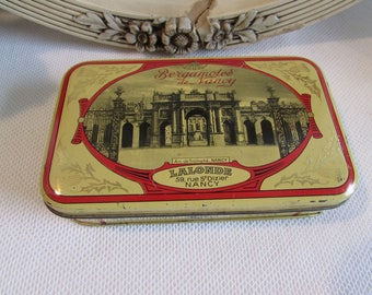 Vintage French old tin - Bergotmots de Nancy.  Display and collectible.  Country cottage chic