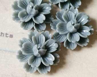 22 mm Grey Colour Shiny Chrysanthemum Resin Flower Cabochons (C)(.gm).