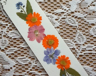 PRESSED FLOWER BOOKMARK - Reading Accessory, Garden Flowers Art Collage, Nature Art, Gardener, Nature, Book Lover Gift
