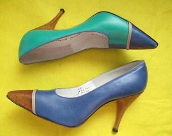 1960's ladies Green/Blue/Tan/Brown Lizard PUMPS by Andrew Geller