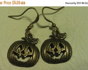 Year End Sale PRICE SLASH,Was 9.53 Now 5.20, Earrings, Brass Smiling Pumpkins, Cute, Sweet Little Pumpkins Need Good Home