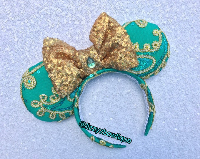 Princess Jasmine Lace Minnie ears with gold sequin bow
