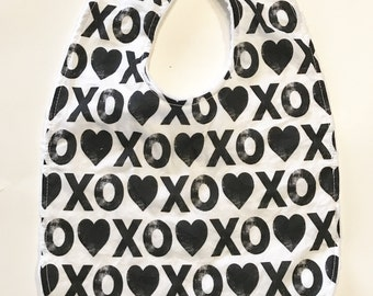 Baby Bib, Classic Baby Bib, Drool Bib, Black and White Hearts Baby Bib, XOXO Hearts Bib, Baby Shower Gift, Baby's First Christmas