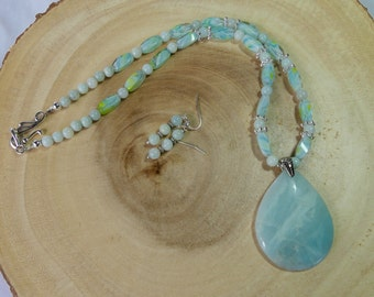 20 Inch Aqua Amazonite Pendant Necklace with Earrings