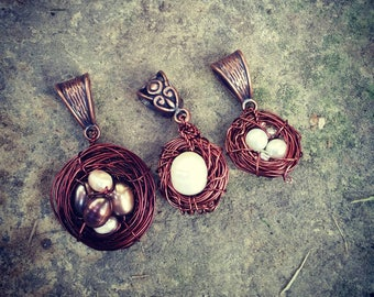 Mother's Day Bird's Nest Pendant with Pearl Eggs
