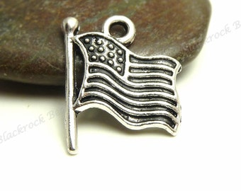 Bulk 24 United States Flag Charms - Antique Silver Tone Metal - 18x15mm - Patriotic Charms or Pendants - BC31