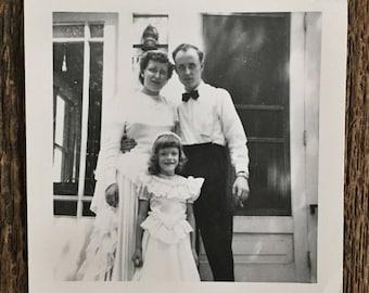 Original Vintage Photograph Fancy Family