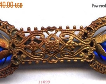 ON SALE Filigree Brooch with 2 Cobalt Beads   ITEM No: 11099