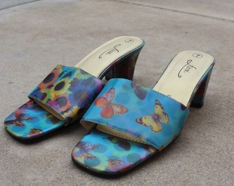 Butterfly snandals size usa 7
