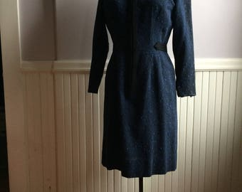 Women's Vintage Clothing / 1960's Woven Wool Fabric Sheath / Miss Brooks, New York / Front Zipped Loomed Wool Dress / June Cleaver Stlye