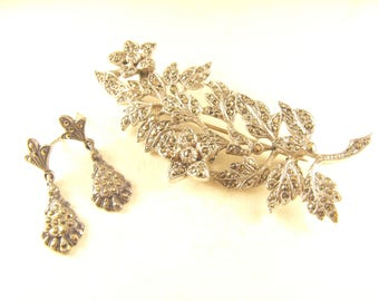 Marcasite Brooch Large Floral Spray Silver Tone Mounts Very Sparkly Vintage Pin BONUS Earrings to Match!