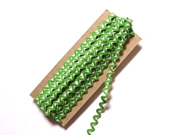 Ric Rac Ribbon Braid Trim Vintage New Cotton Green and White