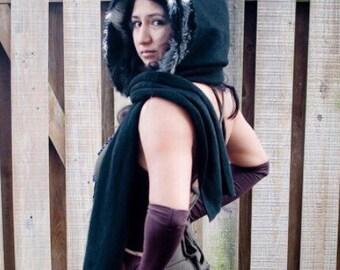 Faux Fur Scoodie / hooded scarf