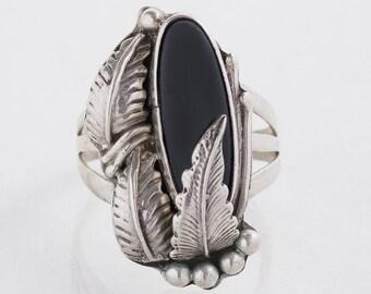 Vintage Ring - Vintage Sterling Silver Onyx Leaf Design Ring