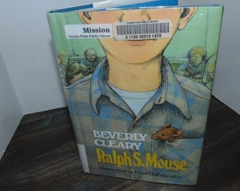 Vintage 1982 Ralph S Mouse BEVERLY CLEARY Hardcover HCDJ Ex-library