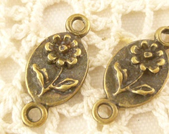 Delicate Daisy Flower Floral Connector Finding Charm, Antique Bronze (20) - BF15