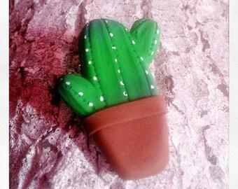 Broche cactus en pot