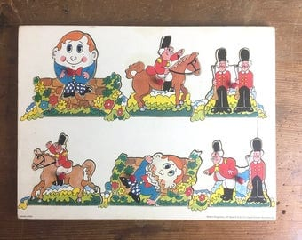 Vintage Wooden Jigsaw Puzzle of Humpty Dumpty by Spears - Childrens vintage Toys, Egg, Easter, Made in England