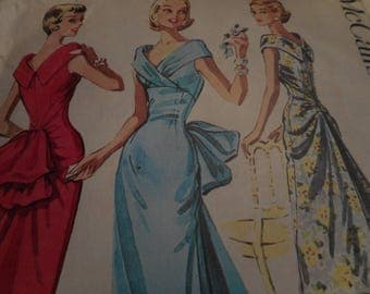 Vintage 1950's McCall's 3744 Dress Sewing Pattern, Size 14 Bust 34