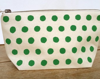 Rough Spot pouch - emerald green on off white sit up zip pouch - screen printed and handmade