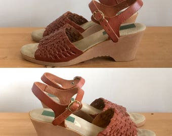 1970s Woven Leather Gum Sole Wedges, Sling Back Sandals, Made in Italy