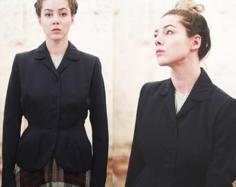 Vintage 1940s small / medium Friedmont blazer jacket - Navy blue - fitted coat -tailored - rounded collar / button up / wool / crepe /