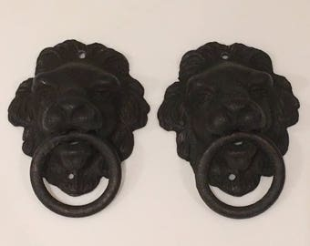 Vintage Cast Iron Lion Pulls Drawer Pulls Collectible Figurine