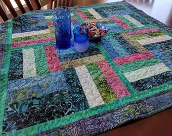 Railway Crossing Table Topper Quilt Pattern digital download
