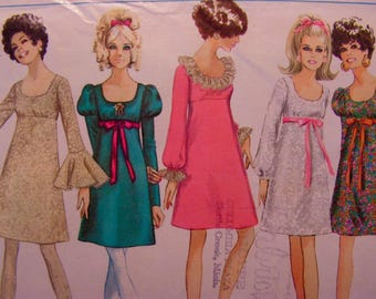 Mod Dress Empire Waistline Junior Size 9 bust 32 Simplicity 7895 uncut factory folded vintage 1968 sewing pattern